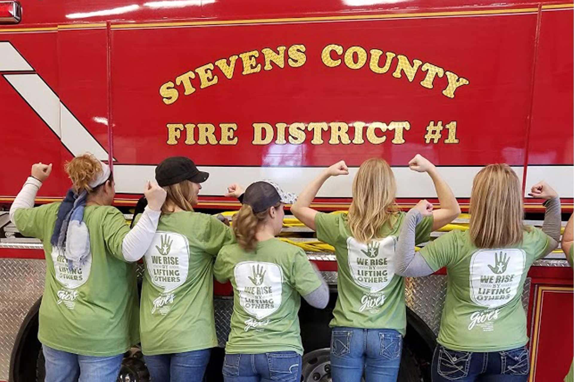 PayneWest employees volunteering